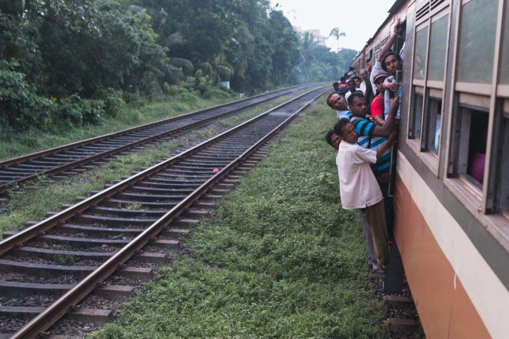Preplnený vlak