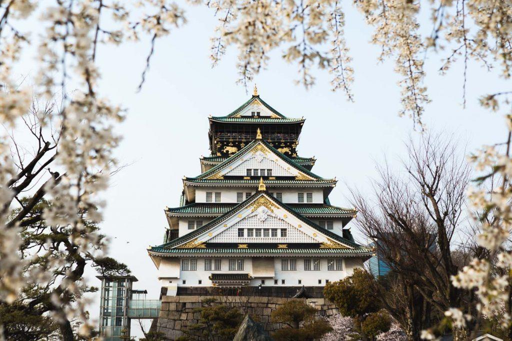 Zámok v Osake