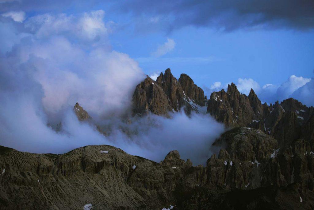 Ostré vrcholy hôr
