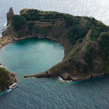 Okrúhla lagúna na Azorských ostrovoch
