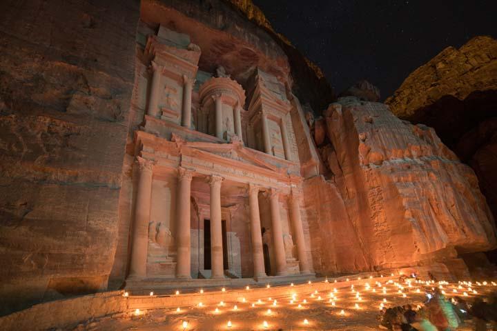 Jordánsko - nočná Monastery