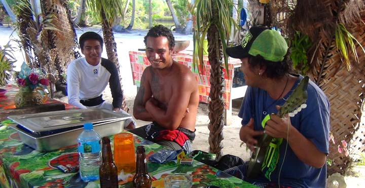 Domorodci na ostrove Taha´a