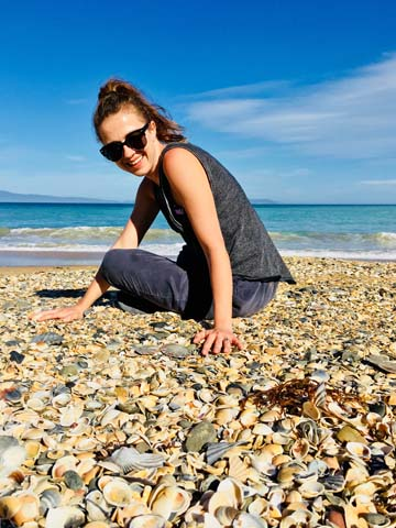 Anna na pláži Kelvedon