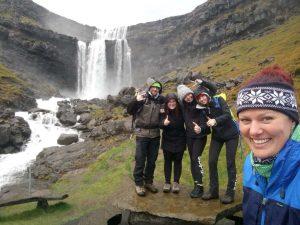 Vodopád Fossá na Faerských ostrovoch.