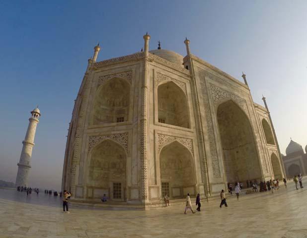 Časť budovy Taj Mahal.