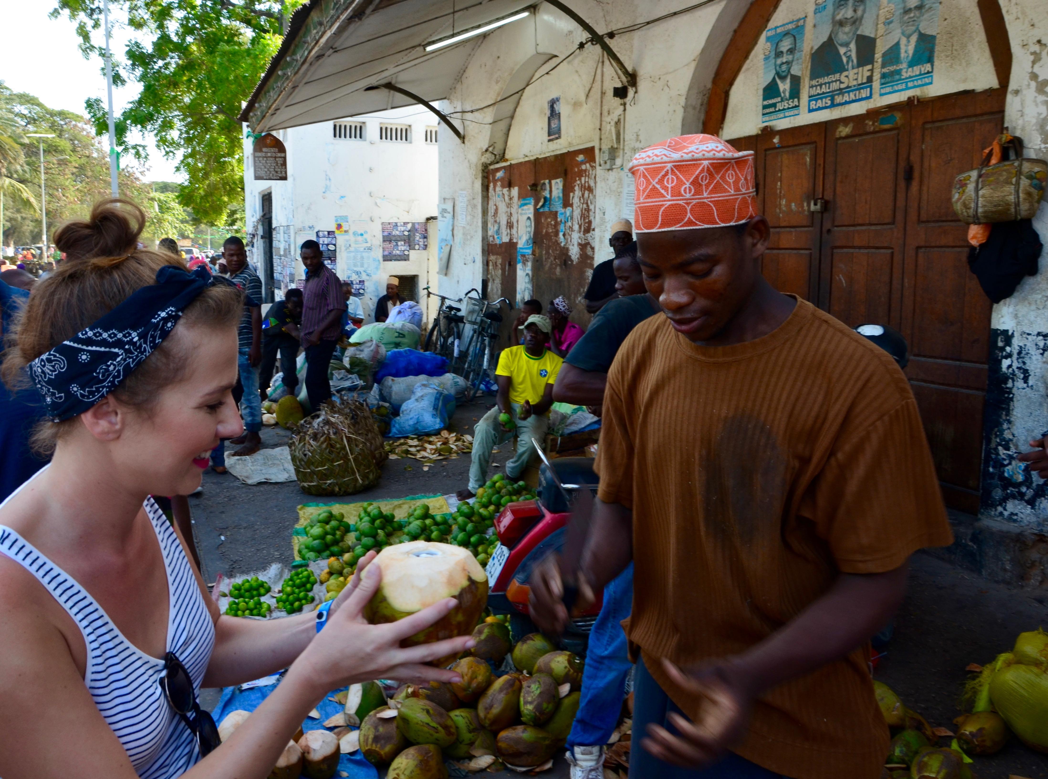 Zanzibar - miestny trh Darajani