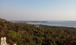 Záber na ostrov Karimunjawa.
