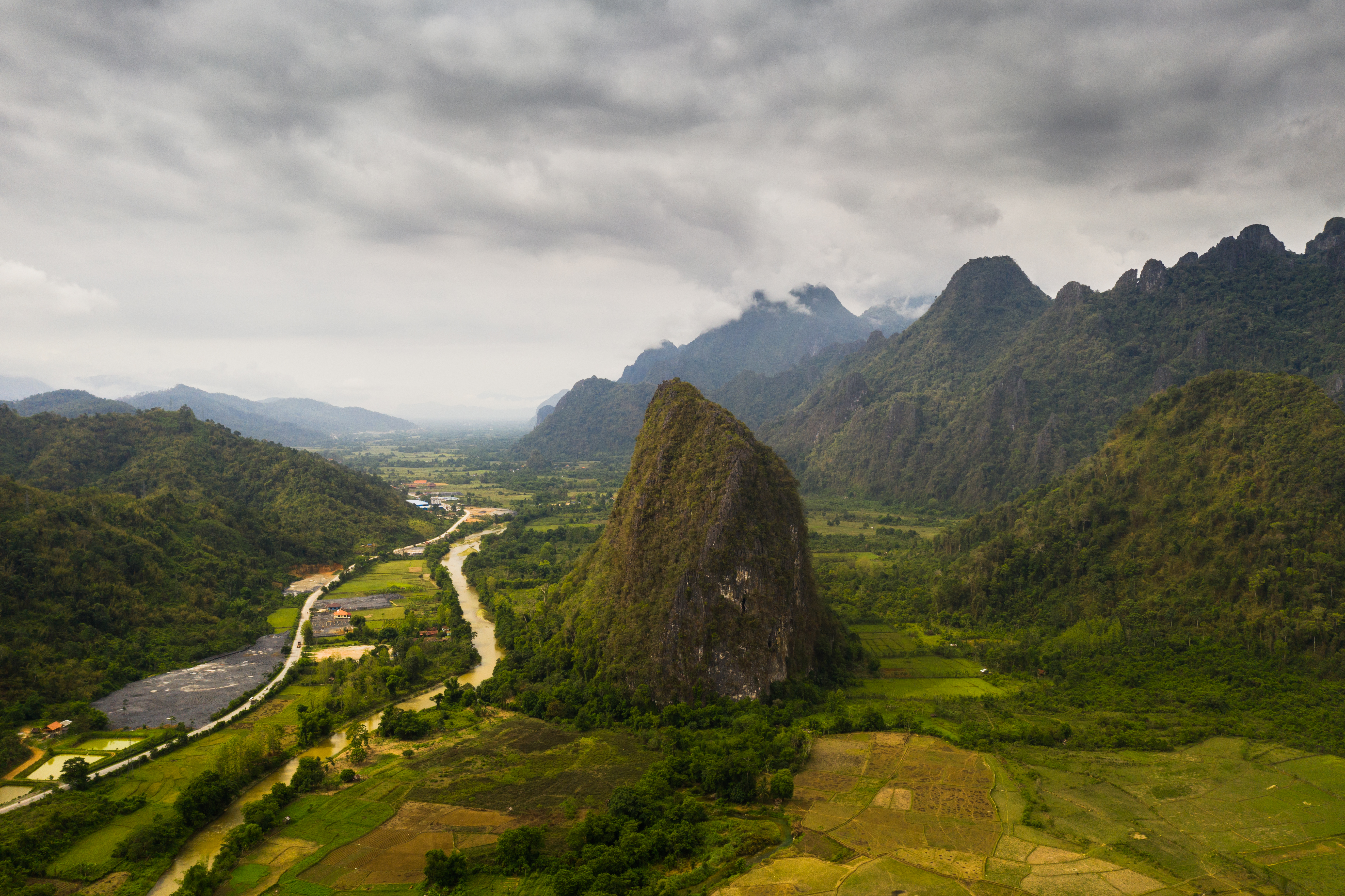 Nádherná príroda Laosu