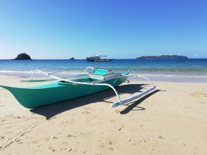 Pláže, ako Lio Beach skrášľujú Filipíny.