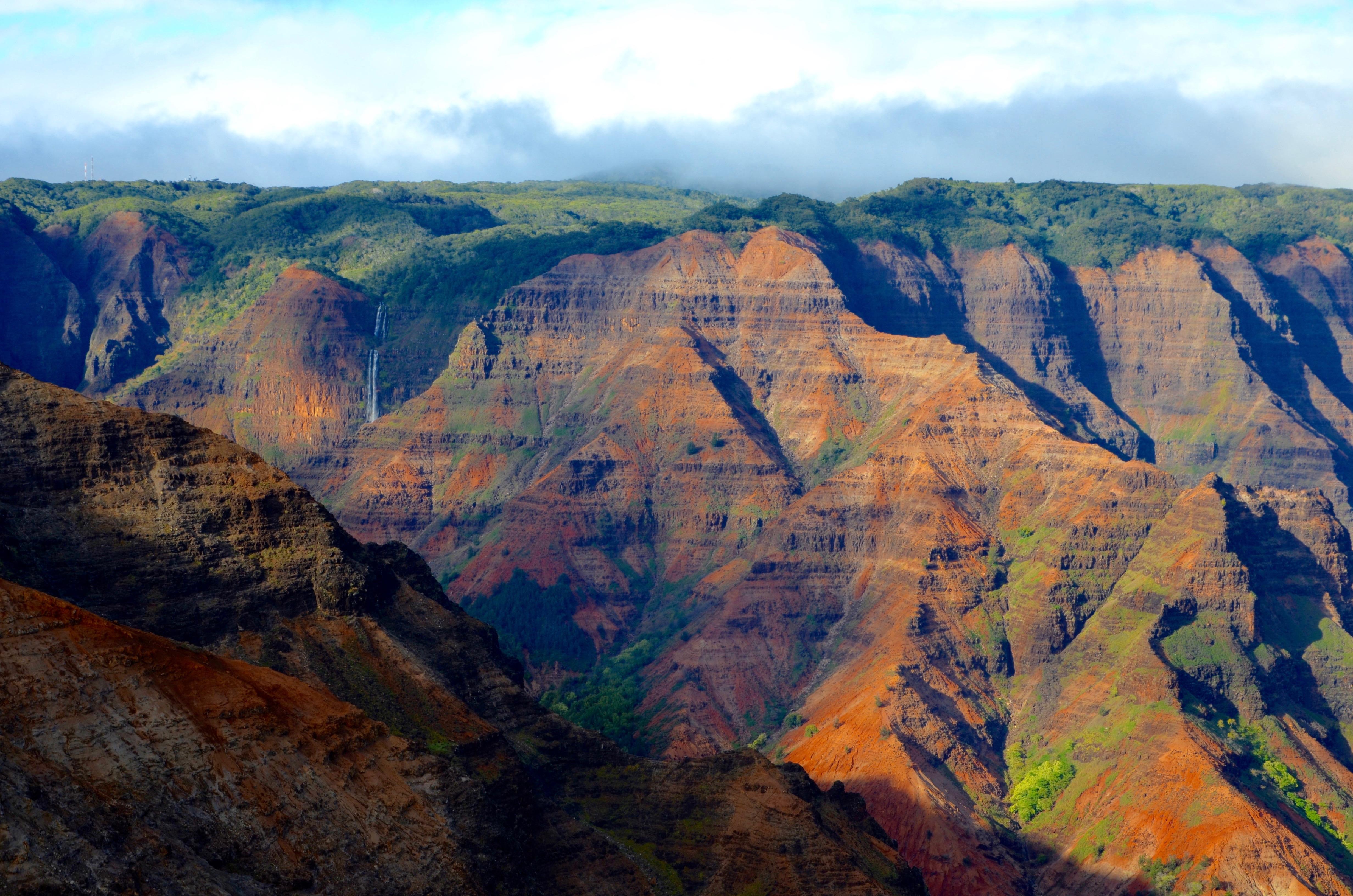 Waimea - majestátne hory v 50 odtieňoch zelenej