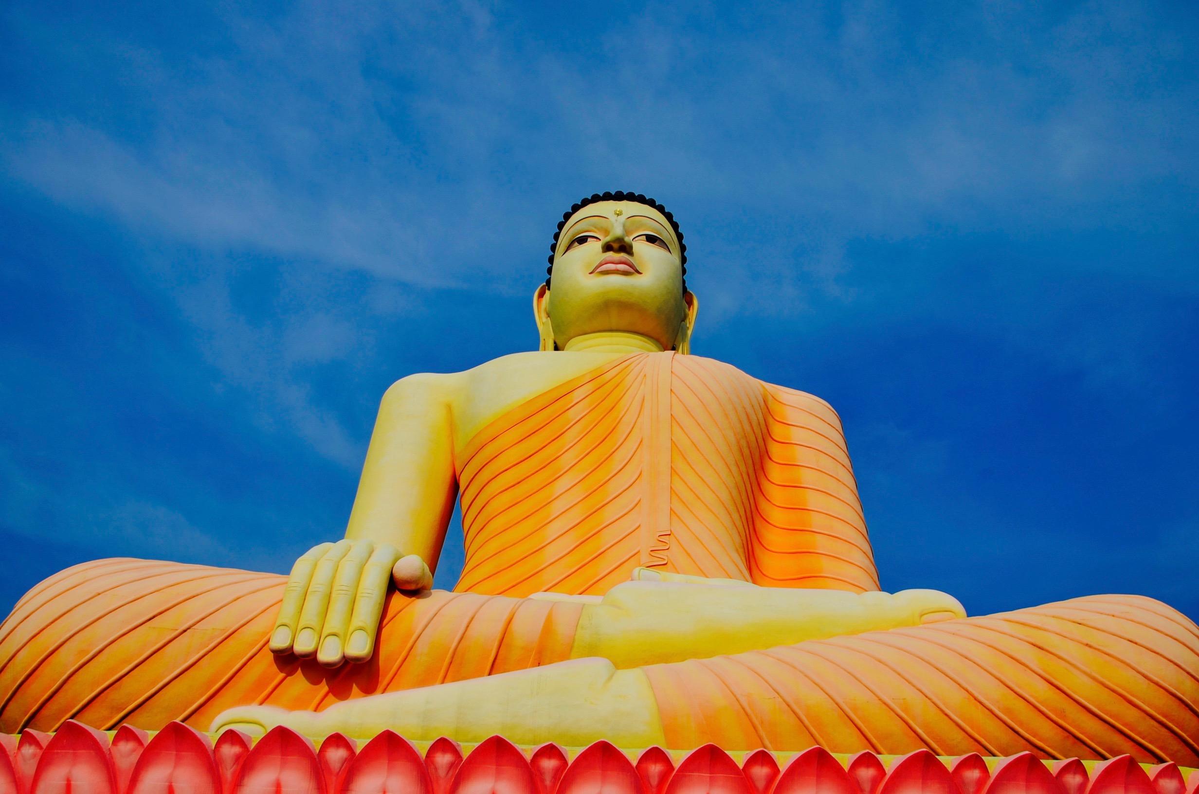 Najväčší Buddha na ostrove