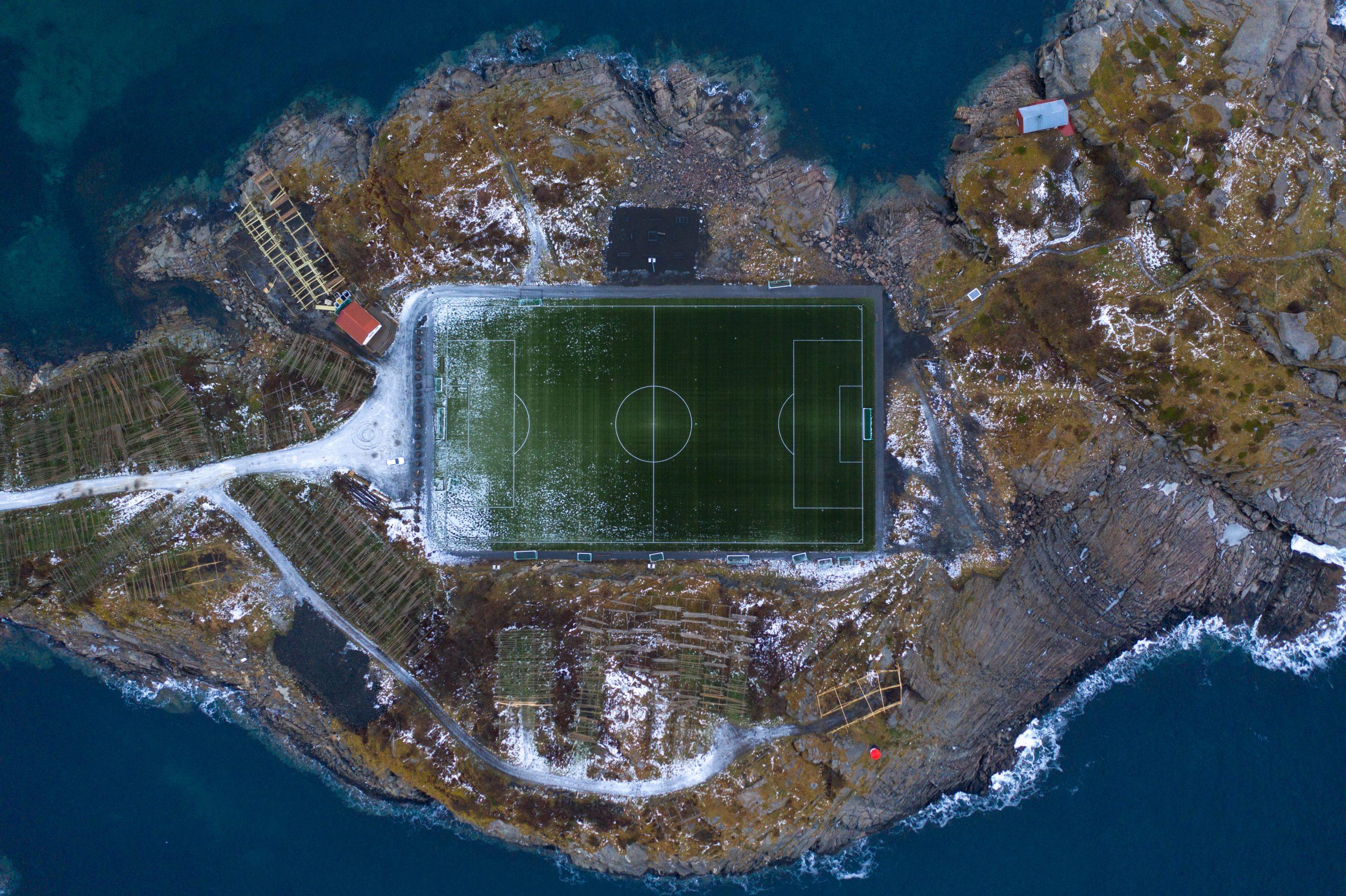 Lofoty: futbalové ihrisko