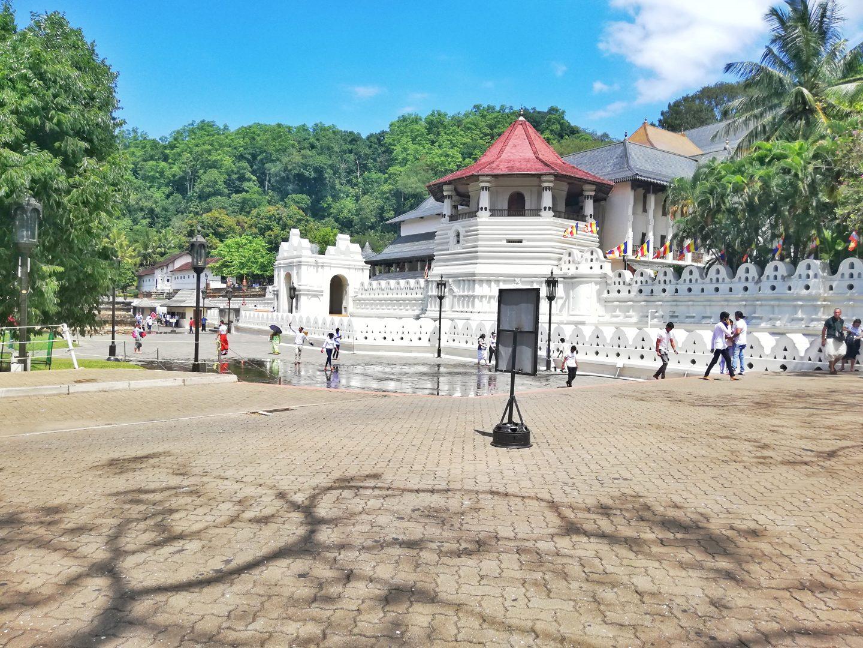 srí lanka: chrám