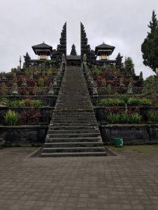 Pura Besakih, najdôležitejší, najsvätejší a najväčší Hinduistický chrám na ostrove Bali.