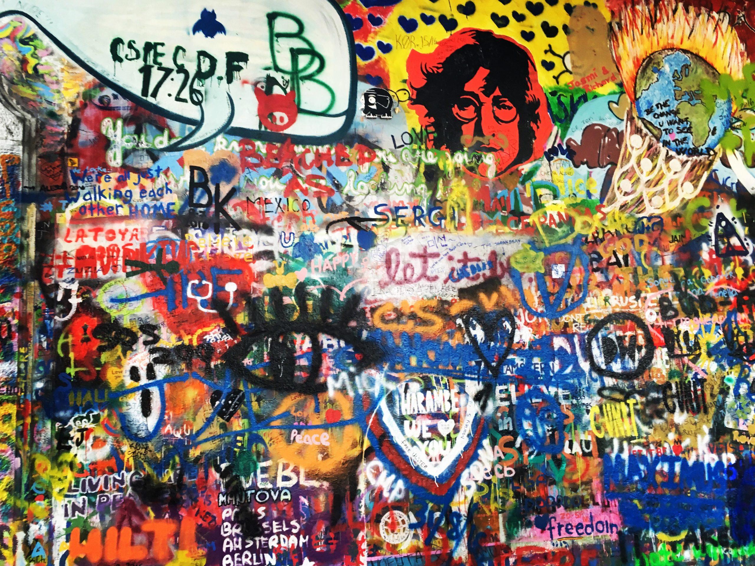 Česko: Lennon wall